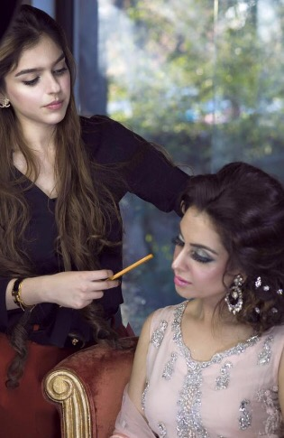 Zarpash Mustapha makeup artist1