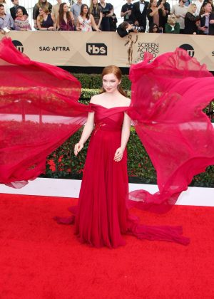annalise-basso-2017-screen-actors-guild-awards-03-300x420