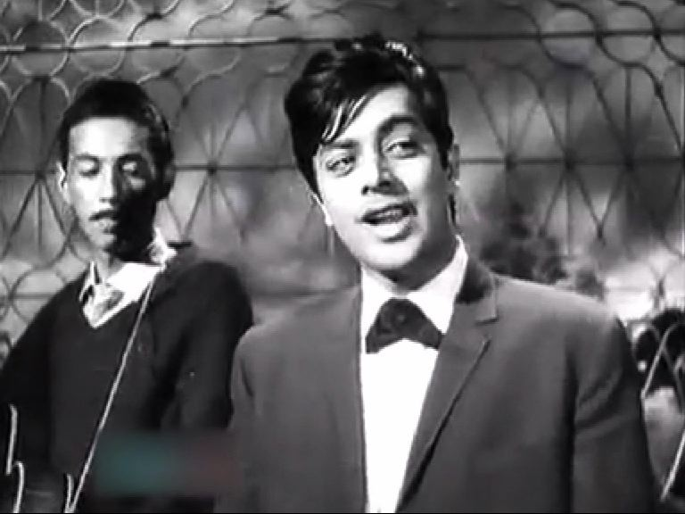 waheed-murad-still-alive-in-the-hearts-1416735269-9163